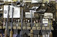 Tổng thống Mỹ kêu gọi siết chặt quy định kiểm soát súng đạn