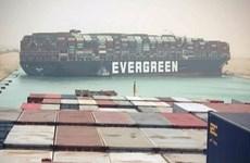 Kênh đào Suez tắc nghẽn do tàu container khổng lồ bị mắc cạn