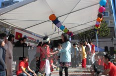 Nhật Bản hỗ trợ cộng đồng người Việt vượt qua dịch COVID-19
