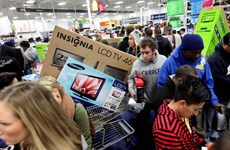 Người dân Mỹ chi tiêu ít hơn cho ngày Thứ Sáu Đen
