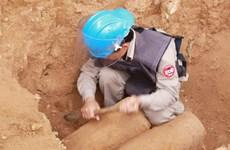 Xử lý an toàn quả bom nặng gần 250kg ở vườn nhà dân
