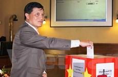 Người Việt tại Séc ủng hộ 50.000 USD vì biển đảo quê hương
