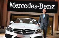 Mercedes-Benz giới thiệu mẫu C-Class sedan cách tân ở Nhật