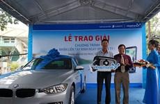 Khánh hàng VinaPhone trúng thưởng xe BMW trị giá 1,5 tỷ đồng