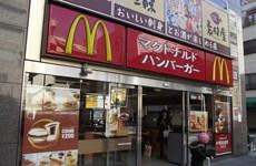 """McDonald's Nhật Bản dính bê bối có """"vật lạ"""" trong đồ ăn"""