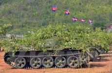 Việt Nam viện trợ Campuchia mở xưởng sửa chữa xe tăng