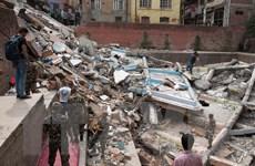 Người Việt công tác ở Nepal hiến máu giúp nạn nhân động đất