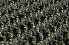 Nga trình làng mẫu AK-74M mới trong lễ diễu binh Ngày Chiến thắng