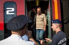 Hungary đóng cửa nhà ga Keleti, giải tán hàng trăm người di cư