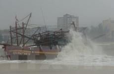 Bão số 3 suy yếu thành áp thấp, miền Trung tiếp tục mưa lớn