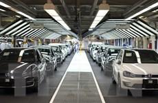Volkswagen vay hàng chục tỷ USD để trang trải bê bối khí thải