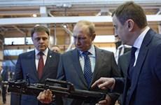Tổng thống Putin: Công nghiệp quốc phòng Nga đang tăng trưởng mạnh