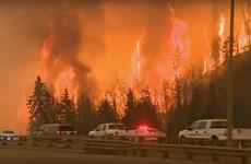 Cháy rừng ở Canada lan rộng gấp 8 lần chỉ sau một đêm
