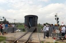 Đi bộ trên đường ray, người đàn ông bị tàu hỏa tông tử vong