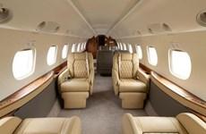 Nhà giàu Trung Quốc chi hơn 20.000 USD cho một vé máy bay chạy khỏi Mỹ