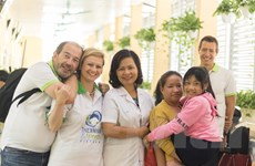 Tình cảm sâu đậm với Việt Nam của bác sỹ Italy giữa tâm dịch COVID-19