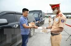 Cảnh sát Giao thông đồng loạt ra quân tổng kiểm soát phương tiện