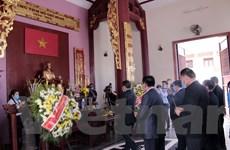 [Photo] Kỷ niệm 130 năm ngày sinh Chủ tịch Hồ Chí Minh tại Trung Lào