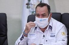 Nhân viên mắc COVID-19, Tổng thống Guatemala phải làm việc từ xa