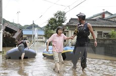Nhật Bản cảnh báo khẩn cấp cao nhất về tình hình mưa lũ tại miền Trung
