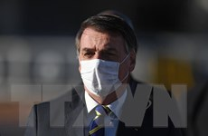 Đích thân Tổng thống Brazil công bố tin mình mắc COVID-19