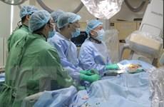 Viện Tim mạch làm chủ kỹ thuật thay van động mạch chủ qua ống thông