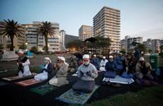 Israel cân nhắc phong tỏa đất nước, Algeria mở cửa đền thờ Hồi giáo