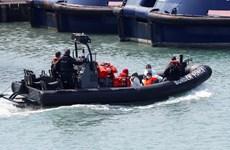 Anh ngăn chặn các thuyền chở người di cư bất hợp pháp qua biển Mangche