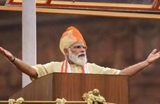 Ấn Độ công bố các dự án trị giá gần 1.500 tỷ USD để vực dậy kinh tế