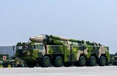 """Trung Quốc phóng """"tên lửa sát thủ diệt tàu sân bay"""" ra Biển Đông"""