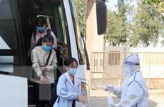 """Quảng Bình đón hơn 200 công dân """"mắc kẹt"""" ở vùng dịch Đà Nẵng trở về"""