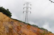 Nguy cơ từ các điểm sạt lở gần các vị trí cột đường dây 500 kV Bắc-Nam