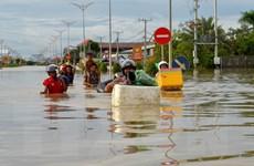 Gần nửa triệu người dân Campuchia tiếp tục bị ảnh hưởng bởi lũ lụt