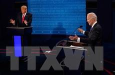 """Chủ đề COVID-19, chăm sóc y tế làm """"nóng"""" cuộc tranh luận Trump-Biden"""