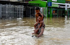 Lũ lụt trên diện rộng, Campuchia tăng cường hoạt động cứu trợ