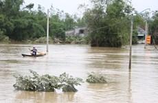 Phú Yên: Nhiều xã ở huyện Tuy An vẫn bị chia cắt, cô lập do nước lũ