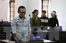 [Video] Phạt tù đối tượng lừa tiền gia đình nạn nhân sạt lở Rào Trăng