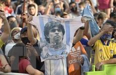 Người hâm mộ Argentina tiễn huyền thoại Maradona về nơi an nghỉ