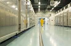 Iran cấm thanh sát viên hạt nhân quốc tế, tăng cường làm giàu urani