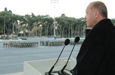 Thổ Nhĩ Kỳ-Iran căng thẳng vì bài thơ ông Erdogan đọc tại Azerbaijan