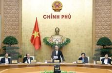 Thủ tướng: Đẩy mạnh tiêu dùng nội địa, giữ an toàn giao thông dịp Tết