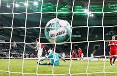 Hàng thủ thảm hại khiến Bayern nhận thất bại cay đắng trước Gladbach