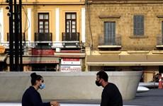 Cyprus áp đặt lệnh phong tỏa, người dân Hy Lạp phớt lờ việc giãn cách