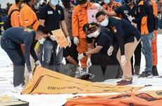 Hàn Quốc cử tàu giúp Indonesia tìm kiếm nạn nhân vụ rơi máy bay SJ182
