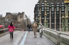 Doanh số bán lẻ của Anh giảm mạnh trong tháng 1 do phong tỏa xã hội