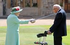 Nước Anh tiễn biệt biểu tượng toàn cầu trong cuộc chiến chống COVID-19