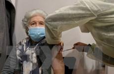 Anh thay đổi chiến dịch tiêm vắcxin COVID-19, ưu tiên theo độ tuổi