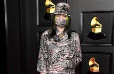 """Grammy 2021: Giải """"Ghi âm của năm"""" gọi tên ca sỹ 19 tuổi Billie Eilish"""