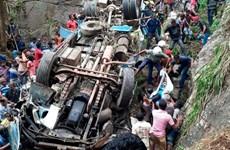 Sri Lanka: Xe khách lao xuống vực, hàng chục người thương vong