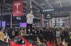 """Bị cáo buộc thiếu an toàn, Tesla """"gặp khó"""" tại thị trường Trung Quốc"""